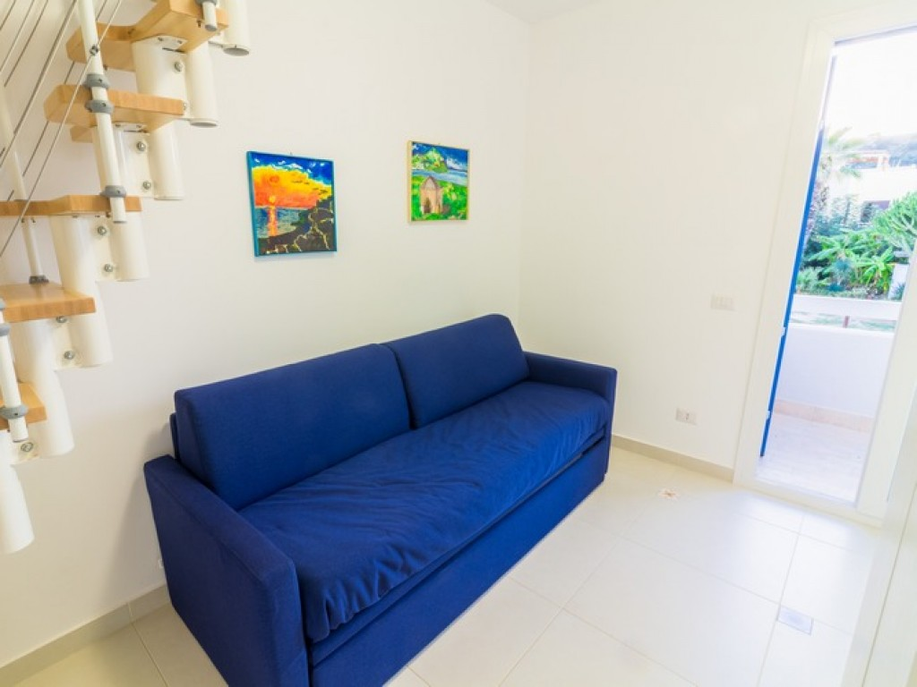 Apartment Azzurro with hot tub and sea view for rent in san vito lo ...